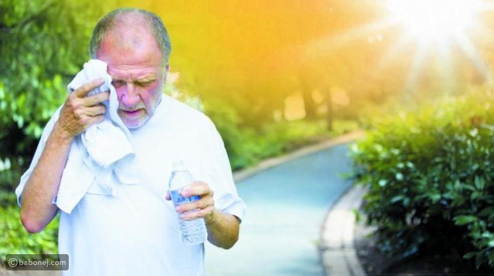 الأشخاض الأكثر عرضة للإصابة بضربة الشمس