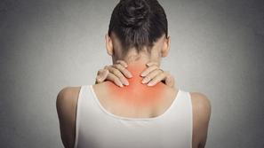 علاج دسك الرقبة بدون جراحة