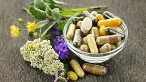 الأعشاب والأدوية التي تقوي الذاكرة