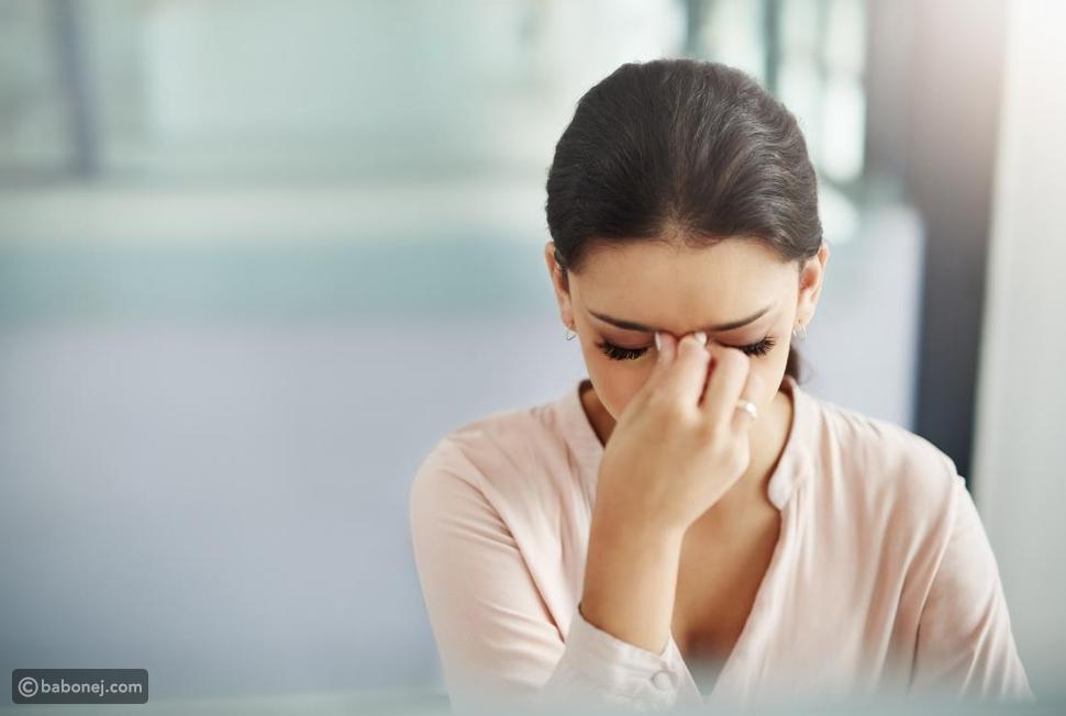 علاج الصداع بالطرق الطبيعية