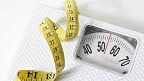 الوزن المثالي للإنسان تبعاً للعمر وصحة الجسد