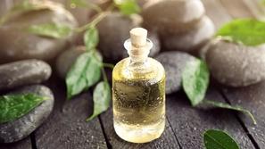 علاج القمل بالأعشاب والزيوت الطبيعية