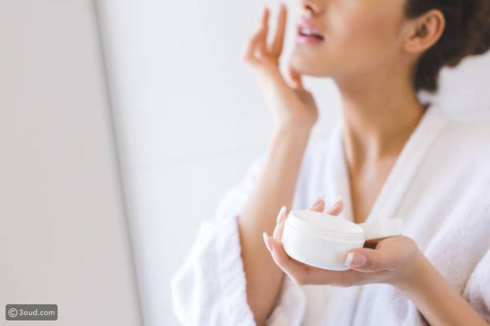 علاج جفاف البشرة الدهنية