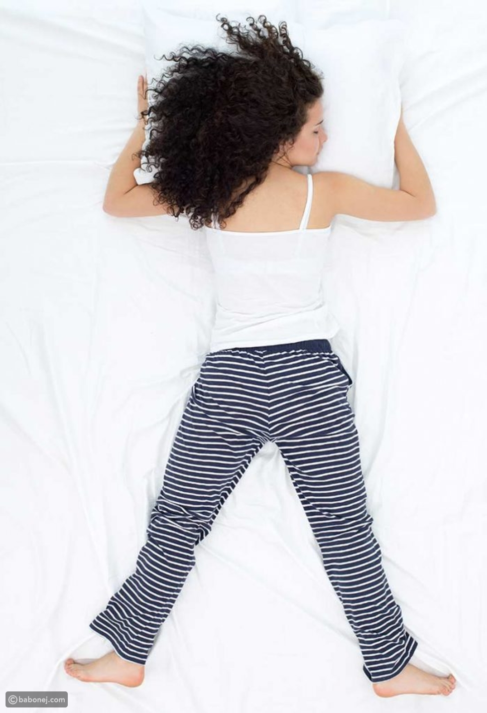 وضعية نوم السقوط الحر (Free-fall)