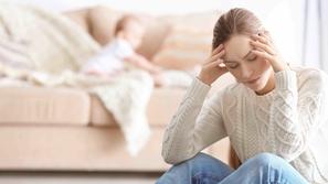 تأثير الحالة النفسيّة للأم على طفلها