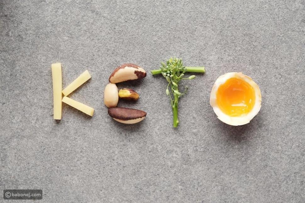 شوربات كيتو شهية سهلة التطبيق